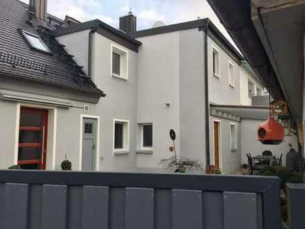Zentrumsnahes Einfamilienhaus - modernisiert - gehoben - ruhig