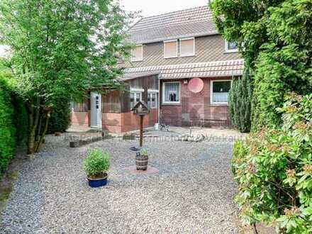 Geräumiges Haus im Ortskern mit großem Garten - Gewerbefläche möglich!