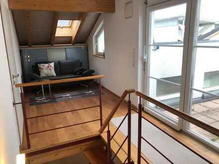 14qm WG-Zimmer mit eigenem Bad in moderner großer Wohnung, in Zollnähe