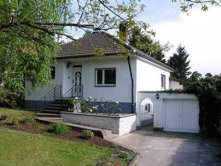 Freistehendes Einfamilienhaus in Rösrath Kleineichen