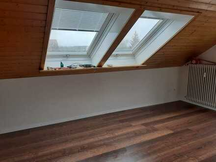 Vollständig renovierte 3-Zimmer-DG-Wohnung mit Balkon und EBK in Löffingen