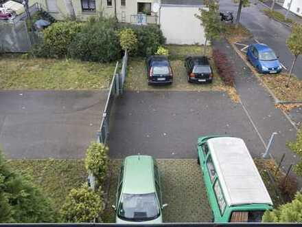 Stellplätze zu vermieten, zentrumsnah in Oberesslingen