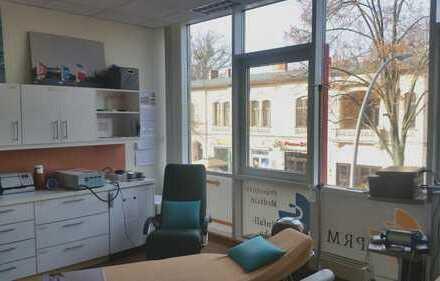 Praxis/Büro in Spitzenlage