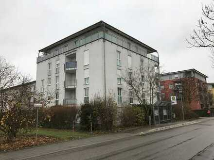 Ingolstadt West - 3-Zi. ETW 75 m², 2. OG, Aufzug, möbl. Küche, Loggia, Keller, TG, Bj.2000
