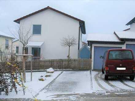 Schönes helles Einfamilienhaus in 89075 Ulm zu vermieten