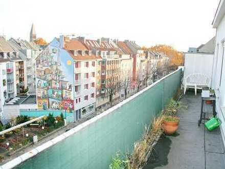 Zentrale Lage: 2-Zimmer Wohnung mit großer Terrasse in Düsseldorf Bilk