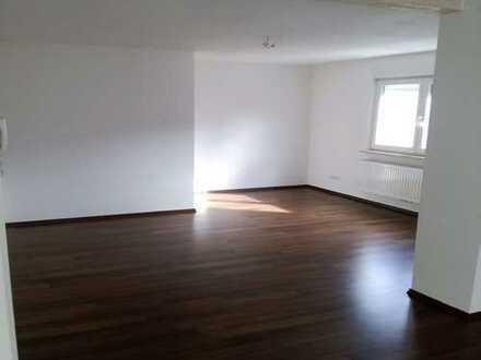 Exklusive 3,5-Zimmer-Wohnung am Hauptplatz !