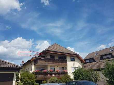 Gepflegte 4,5-Zimmer-Maisonette-Wohnung mit Balkon und EBK in Neubulach