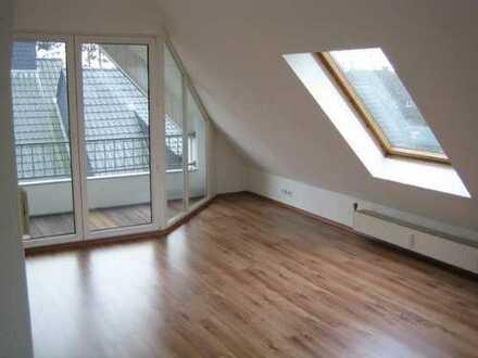 Schöne Single-Dachgeschoss-Wohnung in Münster Mecklenbeck