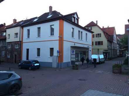 Laden in der Fußgängerzone von Eberbacher Altstadt