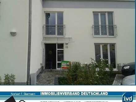 Schöne EG-Wohnung mit Terrasse und Garten