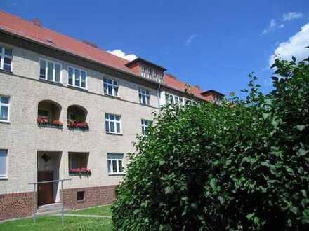 Modernisierte 2-Zimmer-Dachgeschosswohnung mit EBK in Hennigsdorf
