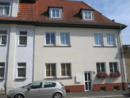 APOLDA: 3-Raum-Wohnung in ruhiger Wohnlage unweit der Herressener Promenade - OHNE BALKON -
