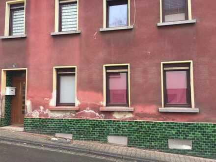 Schönes Haus in Ottweiler beidseitig angebaut