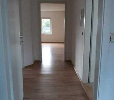 Preiswerte, vollständig renovierte 3-Zimmer-DG-Wohnung zur Miete in Genthin