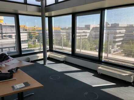 :::IGENUS - Büro im Park - Penthouse-Etage: sofort beziehbar, flexible Laufzeit
