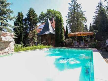 Wohntraum in Radebeul: Gehobenes EFH mit Pool und Sauna in ruhiger Lage unweit von Dresden