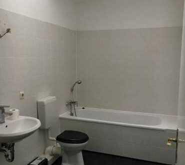 Attraktive 4-Zimmer-DG-Wohnung mit Balkon und EBK in Neuruppin