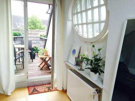 Urbanes Leben in schicker Maisonette-Wohnung in Flingern direkt am Hermannplatz