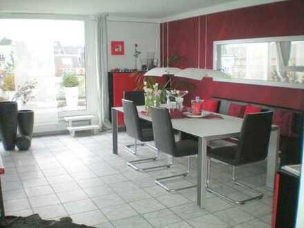 Provisionsfrei ! Dachwohnung im Kölner Süden, vermietet