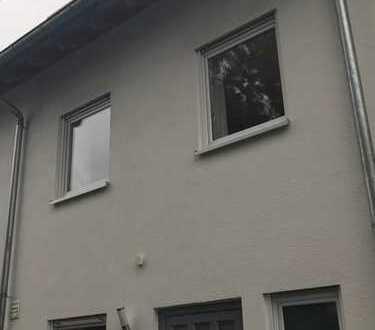 Reihenmittelhaus in begehrter Lage von Stuttgart-Plieningen zu vermieten