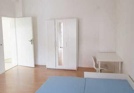 Schöne, große möblierte 4er-WG geeignete Wohnung in Mannheim Neckarstadt