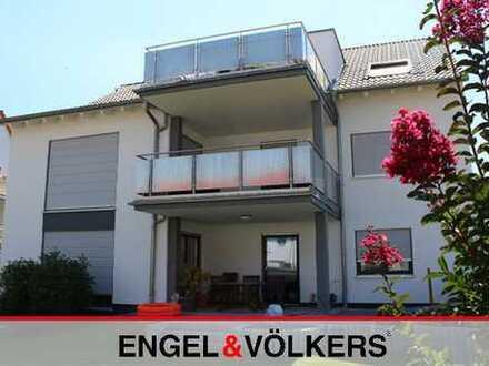 Moderne 3 ZKB-Whg. mit Balkon und Haardtblick!