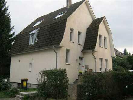 Einfamilienhaus.160 qm inkl. 1000 qm Grundst. BITTE KEINE MAKLER