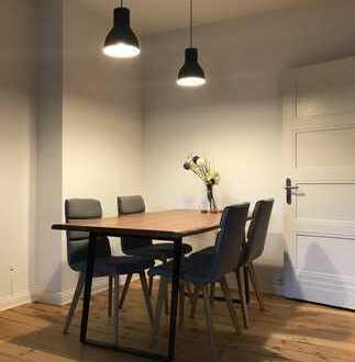 Stilvolle, attraktive 4-Zimmer Altbau-Dachgeschosswohnung im beliebten Wiesbadener Dichterviertel