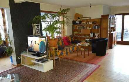 PROVISIONSFREI !!! Einfamilienhaus teilmodernisiert in Süd-West Ortsrandlage