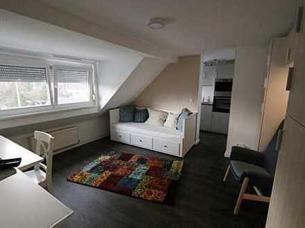 Modern möbliertes Apartment, verkehrsgünstig und mit Blick ins Grüne