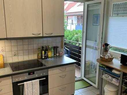 Sanierte 5-Zimmer-Wohnung mit Balkon und EBK in Wolschlugen