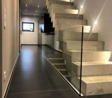 Luxuriös ausgestattete Immobilie in Alt-Saarbrücken mit Einbauküche von Bulthaup B3