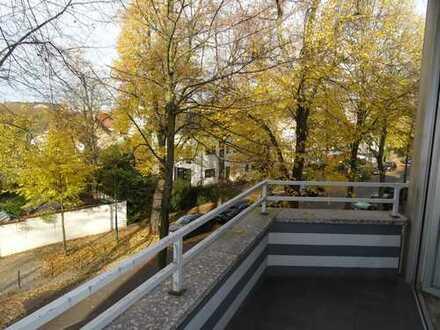 Gut geschnittene 4-Zimmer-Wohnung mit Blick ins Grüne