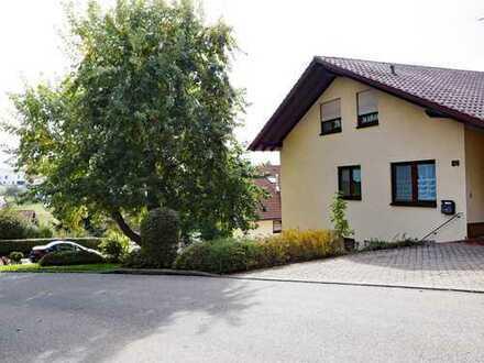 Schönes Dreifamilienhaus in Top-Lage