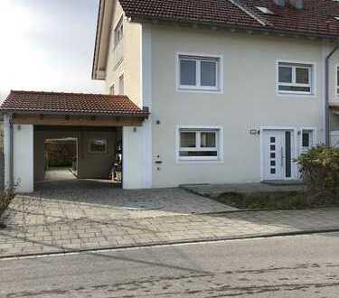 Hofolding - Moderne Doppelhaushälfte - Platz für die ganze Familie