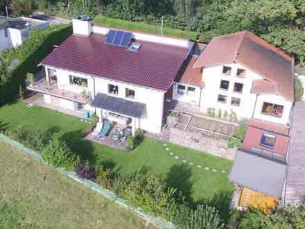 Exklusive Villa in ruhiger und sonniger Lage in Ried bei Mering