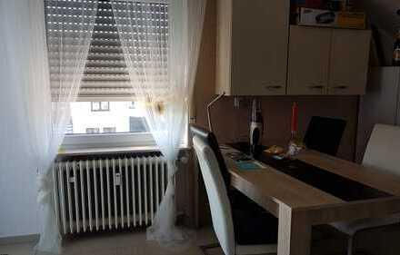 Helle, geräumige 4 Zimmer Wohnung in Bad Rappenau-Grombach