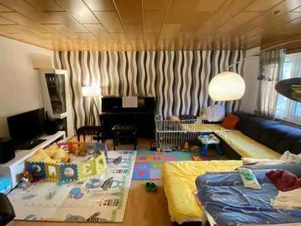 Ansprechende 5-Raum-Maisonette-Wohnung mit EBK und Balkon in Karlsruhe