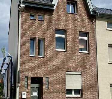Renditestarkes Mehrfamilienhaus im Zentrum von Bonn-Duisdorf