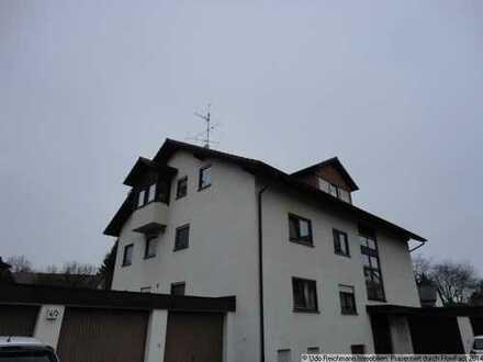 Schöne 2,5 Zimmer-Dachgeschosswohnung mit Balkon in stadtnaher Lage von Bad Dürrheim
