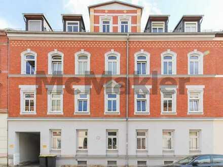 Attraktive Gelegenheit: Bewohnte 2-Zi.-ETW mit Balkon in denkmalgeschütztem Wohnhaus