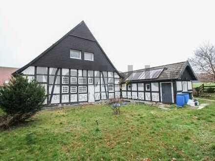 Fachwerkromantik am Teutoburger Wald: Charmantes EFH mit Kamin und Garten in Borgholzhausen