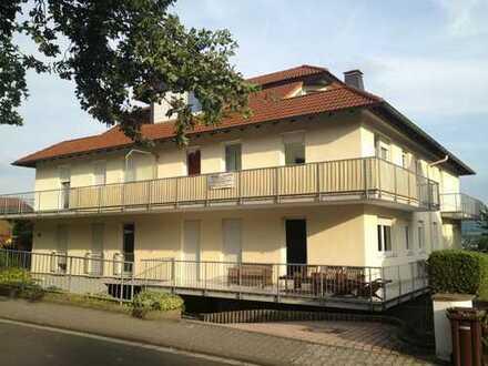 Attraktive 2-Zimmer-Wohnung mit Balkon und EBK in Büdingen