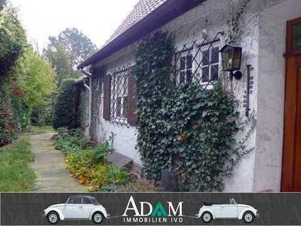 Klassisches Einfamilienhaus mit traumhaftem Garten in Top-Wohnlage!