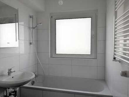 Frisch sanierte 3-Zimmer Wohnung mit Balkon, bezugsfrei im Frühjahr 2020