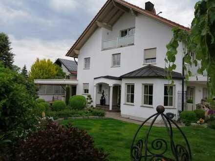 Exclusive Doppelhausvilla mit 10 - Zimmern in Augsburg (Kreis), Großaitingen KEINE PROVISION
