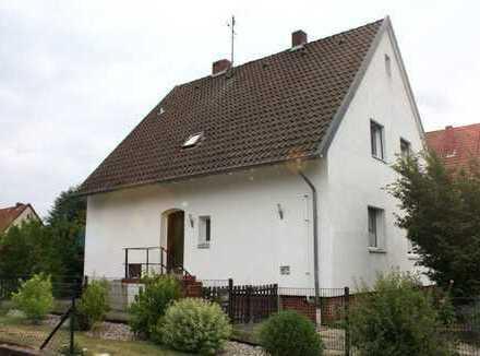 ***Solides Siedlungshaus mit großem Grundstück in bevorzugter Wohnlage***