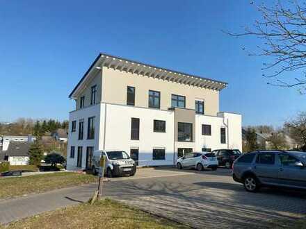Erstbezug: attraktive 4-Zimmer-Dachgeschosswohnung mit EBK und Dachterrasse in Simmern