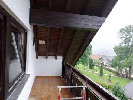 Vollständig renovierte 2-Zimmer-Dachgeschosswohnung mit Balkon in Baiersbronn